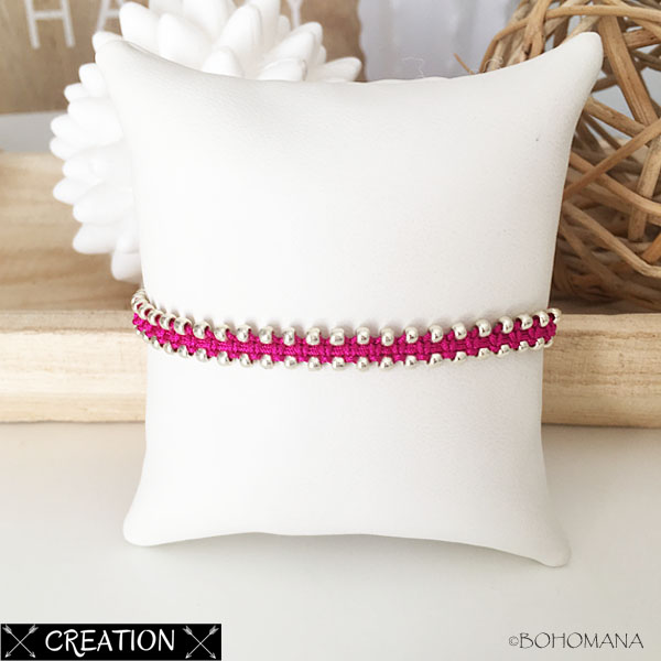 Bracelet création macramé rose
